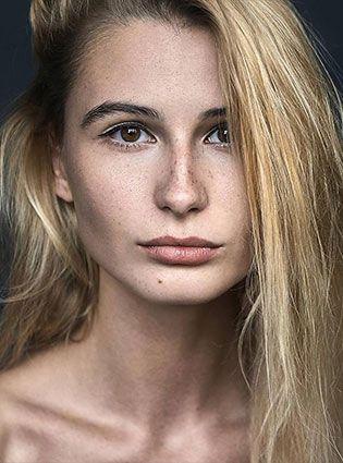 Лиза Любимова