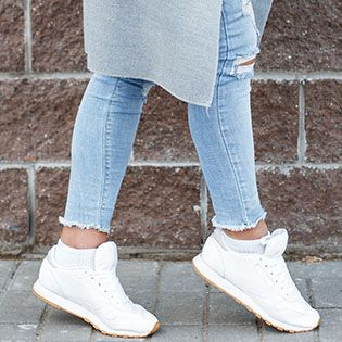 Как почистить белые кроссы
