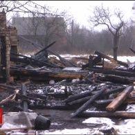 Трагедія на Рівненщині: 2 дітей згоріли у будинку