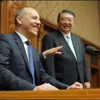 Парубій обговорив з прем'єр-міністром Японії санкції проти Росії