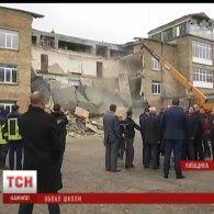В одній зі шкіл міста Васильків на Київщині обвалилася стіна, учні не постраждали