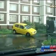 Труднощі парковки: скільки часу потребують жінки, щоб припаркувати авто