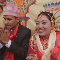 Яркая свадьба в полуразрушенном городе - Мир наизнанку