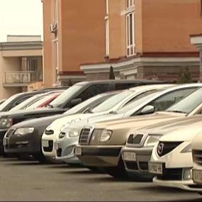 Хто викрадає елітні автомобілі