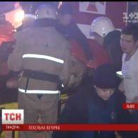 У Львові під час вогняного шоу загорівся нічний клуб, є постраждалі