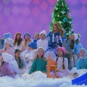"""Тіна Кароль заспівала з учасниками """"Маленькі гіганти"""" і """"Голос. Діти """""""