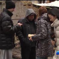 У Києві на автомобілі обвалилася стіна