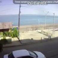 Безлюдні пляжі: початок сезону відпусток у Криму не вдався