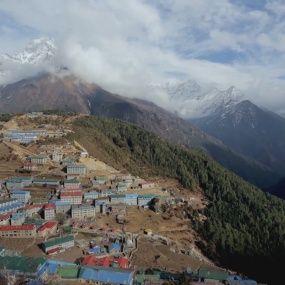 Експедиція до Евересту. Частина 3. Непал. Світ навиворіт - 7 серія, 8 сезон
