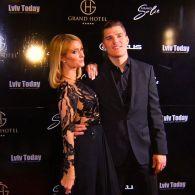 Пэрис Хилтон дала DJ-сет и посетила открытие «Гранд отеля» во Львове