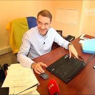 """""""Гроші"""" нашли депутата, который осмелился публично заполнить электронную декларацию и продемонстрировать свое состояние"""