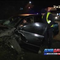 Столичний водій розтрощив не лише свою машину, а й знищив чуже авто