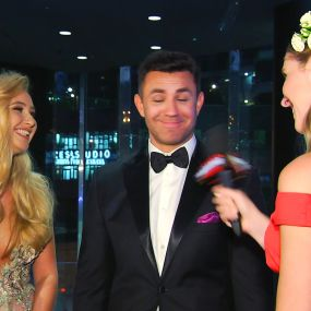 Микола Тищенко подарував 1001 троянду дружині на день народження