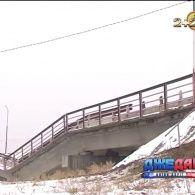 В Іркутську негода зруйнувала міст