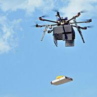 Доставка піци, пошти, напоїв та навіть донорської крові: як використовуються дрони у всьому світі