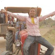 Комаров стал водителем трактора на свадьбе. Непал. Мир наизнанку - 11 серия, 8 сезон