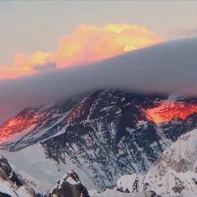 Експедиція до Евересту. Частина 6. Непал. Світ навиворіт - 10 серія, 8 сезон