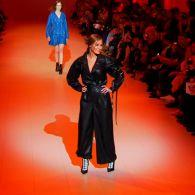 Певица Слава Каминская вышла на подиум в качестве модели