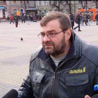 Тернопільський депутат на візку зчинив бійку з копами
