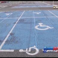 Який штраф чекає на водія, якщо він припаркується на місці для інваліда