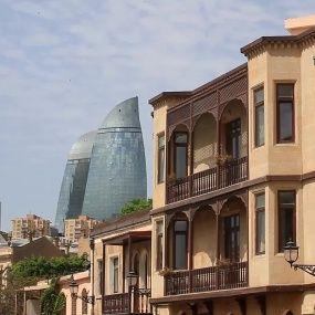Вірменія і Азербайджан - 15 республік