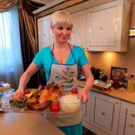 Мария Максакова, Ахтем Сеитаблаев, Валентина Хамайко, Вера Кекелия и Владимир Дантес продемонстрировали кулинарные умения