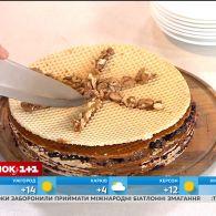 Неля Шовкопляс та Людмила Барбір приготували у прямому ефірі улюблений з дитинства вафельний торт