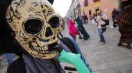 Мир наизнанку 6 сезон 6 выпуск. Латинская Америка. День Мертвых