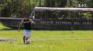 Дмитро Комаров зустрівся з прикордонною поліцією та зіграв з ними у футбол. Світ навиворіт. Бразилія