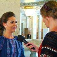 """""""Радикалка"""" Алена Кошелева рассказала, при каких обстоятельствах влюбилась в коллегу из Блока Петра Порошенко"""
