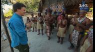 Мир наизнанку 10 сезон 2 выпуск. Бразилия. Жизнь среди индейцев и охота на крокодила