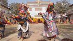 Мир наизнанку 8 сезон 13 выпуск. Непал. Кремация чиновника, храм Камасутры, король Мустанга и Тибетский Новый год