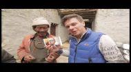 Непалец пообещал научить Ляшко целоваться