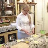 Тимошенко поділилася рецептом сирників