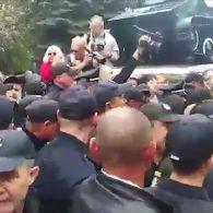 Марші, бійки і затримання: як в Україні відзначають 9 травня