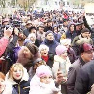 В Украине прошли митинги против повышения цен за проезд