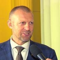 Депутат Андрей Тетерук вспомнил, как танцевал вальс студентом