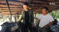 Полювання на таємничий делікатес племені Тікуна. Світ навиворіт. Бразилія