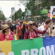Як відбуваються гей-паради та марші рівності в інших країнах