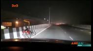 У Індії чоловік сів за кермо п'яним і захотів підвезти товариша