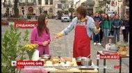 Літературний Сніданок: Євген Клопотенко приготував тости на площі Ринок і презентував власну книгу