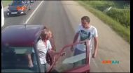 Недалеко от Москвы дальнобойщик встретил водителя-пьяницу, потерявшегося во времени