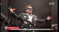 Елтон Джон пішов зі сцени прямо посеред концерту