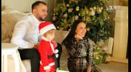 Інтерв'ю з Джамалою та сімейна новорічна фотосесія співачки