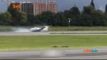 У Колумбії пілоту літака довелося виконувати дуже ризиковану аварійну посадку