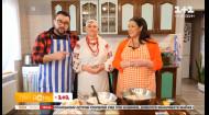 Руслана Писанка и Руслан Сеничкин приготовили традиционный украинский обед с жительницами села Лука