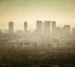 Хто винен у забрудненні навколишнього середовища?