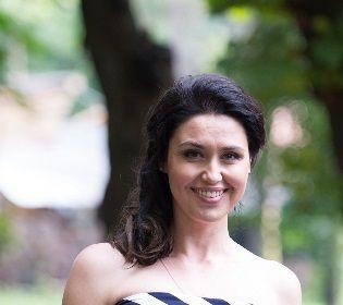 Людмила Барбір: У Ментівських війнах носила погони, але зброя та трюки дістались чоловікам