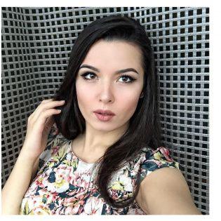 Панянка Жанна Зав'ялова: село  — це райський куточок