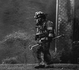 Пожежу у Каліфорнії не побороли й досі
